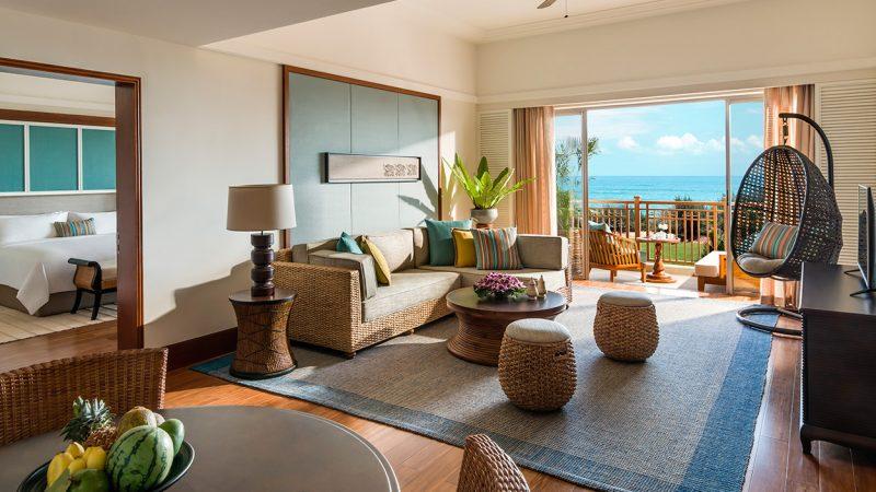 Ocean-view-suite-livingroom